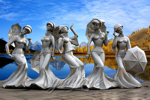 Outdoor Modern Abstract Five Beautiful lady Sculptures With Umbrella In Stainless for sale